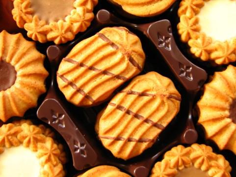 自宅で簡単♡オーブンで焼く手作りクッキーの作り方
