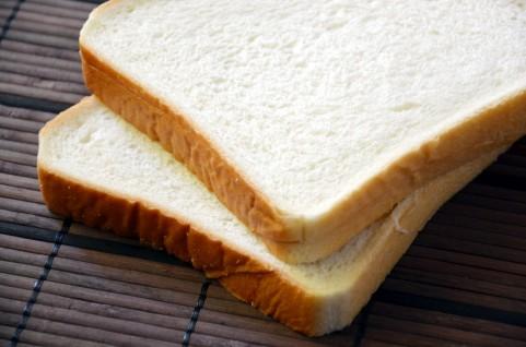 卵と食パンで簡単に出来る!UFOトーストの作り方。