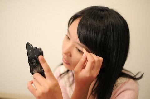 美容整形無しで最大113%!錯視を利用した目を大きく見せるメイク術