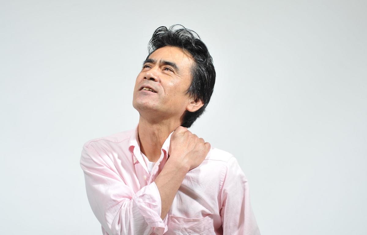 四十肩(五十肩)になっちゃった!ホントに痛い肩の症状とは?