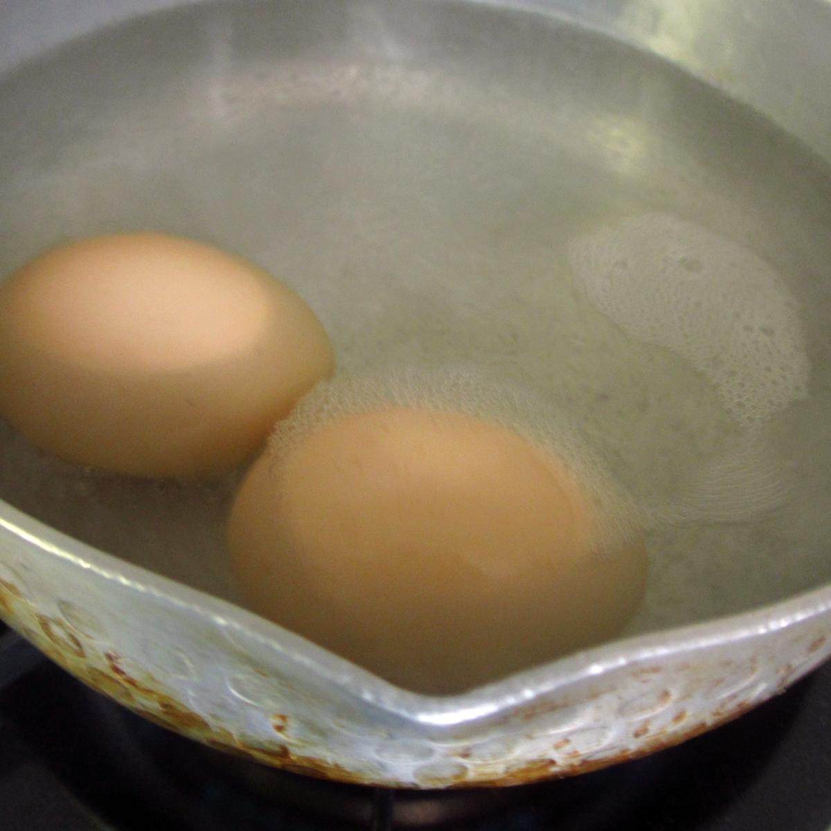 ゆで卵調理中20150704 (12)