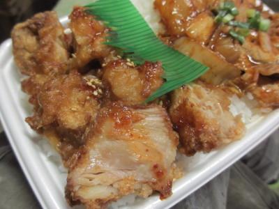 豚キムチコンビ弁当 鶏肉のパート