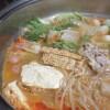 モランボンの「もやし坦々鍋用スープ」で坦々鍋。
