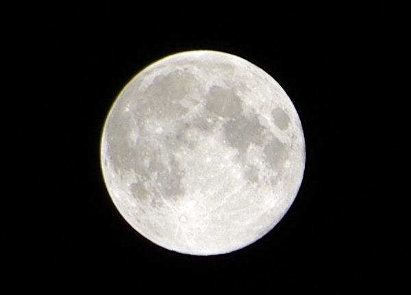 【記録用】2013年9月19日 中秋の名月の月面写真【三脚無し】