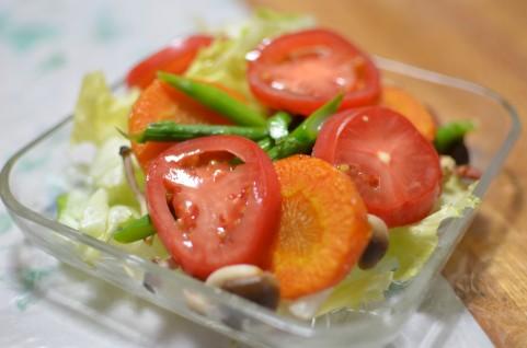 美味しいサラダはガラスボウルで作るワケ