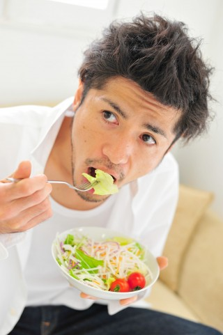 そのサラダが危険!炭水化物抜きダイエットの落とし穴