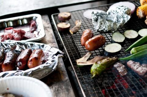 バーベキューセットで美味しい焼いもの作り方