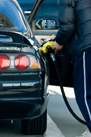 自家用車の燃費を良くする簡単な方法